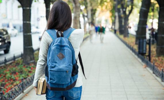 Morar perto ou longe da faculdade
